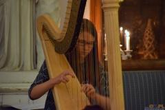 ''W Nowy Rok z harfą''