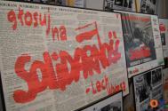 """zdjęcie z ubiegłorocznej wystawy """"35 procent wolności - Wybory czerwcowe 1989 roku w województwie Bielskim"""", która odbyła się w cieszyńskiej Bibliotece Publicznej. Fot. JŚ/OX.pl"""