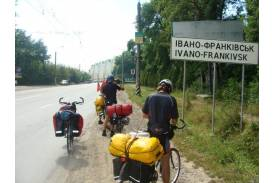 Wyprawa skoczowskich rowerzystów na Ukrainę