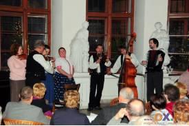 Kapela Wałasi w Cafe Muzeum z programem kolędowym