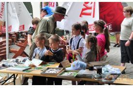 Kończyce Małe: Mundurowi Dzieciom