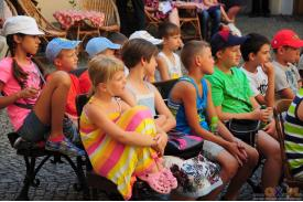 Teatr dla dzieci \''Magiczna trupa Robinsona Bluesa\''