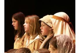 Dzieci śpiewają kolędy - Cieszyn