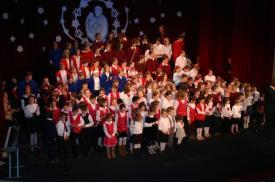Dzieci Śpiewają Kolędy - dzień 1