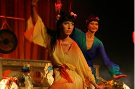 Operetka \'\'Kraina uśmiechu\'\' w teatrze