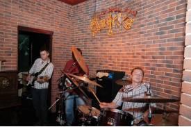 Koncert zespołu \'\'Puste Biuro\'\' w Ustroniu