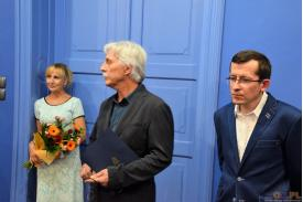 Jan Wałach  - Artystyczna droga do niepodległej Polski