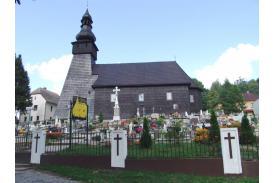 Fot. Drewniany kościół pw. Michała Archanioła w Kończycach Wielkich/archiwum UG Hażlach