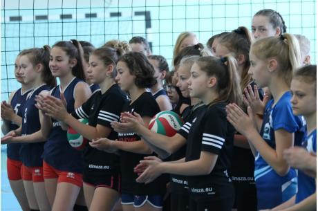 Turniej mini siatkówki dziewczątFot: A. Kłoda