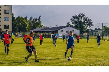 LKS Strażak Dębowiec - KP Beskid Skoczów II 5:0 (2:0)