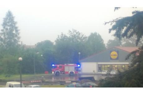 Rownież w Skoczowie doszło do podtopień... Fot: Kontakt24.ox.pl
