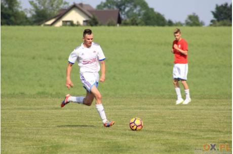 Zebrzydowice, które wciąż są zagrożone spadkiem do A klasy, podejmą najsłabszą drużynę w lidze – GLKS Wilkowice. Fot. PL