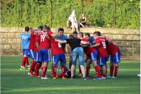 W A klasie pozostają już tylko cztery zespoły bez straty punktów - Pogwizdów, Zabłocie, Pielgrzymowice oraz Cieszyn. Fot. Andrzej Poncza