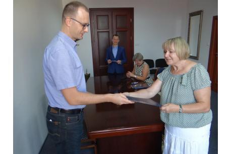 Dom Ludowy w Pogwizdowie już oficjalnie jest własnością Gminy Hażlach / fot. UG Hażlach