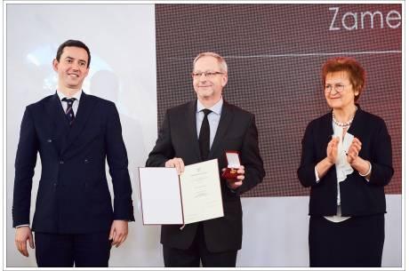 Wręczenie nagrody dla Zamku / fot. mat. pras.