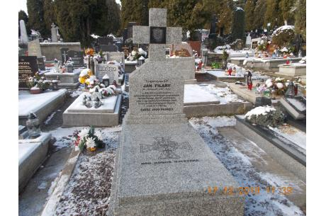 Jan Filary grób po remoncie. Fot: IPN