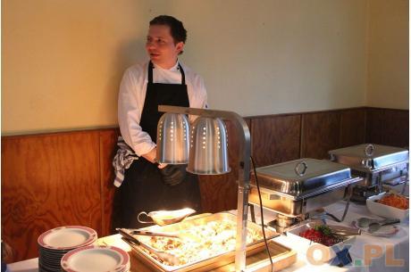 Kucharz Krzysztof Sajdok przygotował dania kuchni polskiej, fot. indi