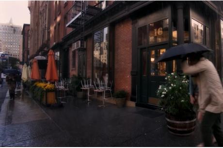 Kadr z filmu Deszczowy Dzień w Nowym Jorku