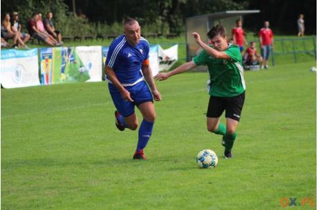 Ireneusz Jeleń poprowadził CKS do zwycięstwa na inaugurację sezonu, zdobywając cztery bramki, fot. AP