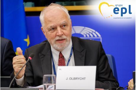 Fot. 1 Jan Olbrycht, wiceprzewodniczący grupy EPL w Parlamencie Europejskim podczas sesji plenarnej w Strasbourgu, 22/10/2019, © Martin Lahousse, EPPGroup