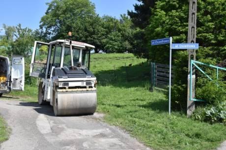 W Goleszowie trwają prace naprawcze na drogach. fot. Tomasz Lenkiewicz