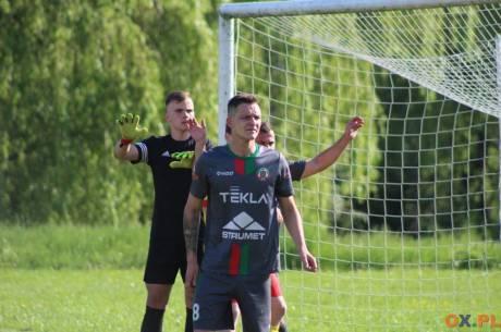 Piłkarze Strumienia przystąpią do 26. kolejki z pozycji lidera, fot. AP