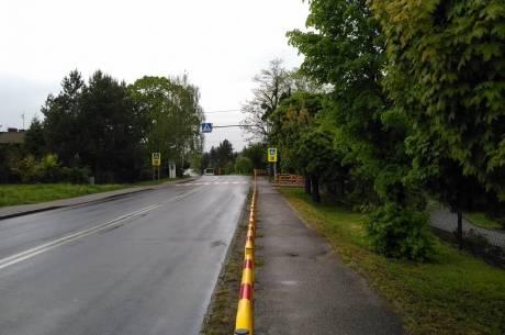 przejście dla pieszych przy szkole w Zebrzydowicach / fot. arc.ox.pl