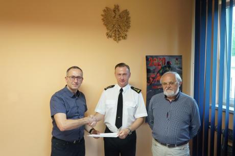 Umowa została podpisana przez Komendanta Powiatowego PSP w Cieszynie st. bryg. Damiana Legierskiego/ fot. KP PSP Cieszyn
