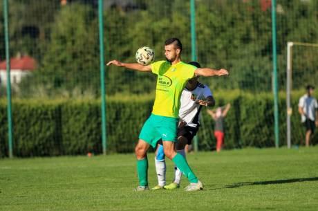 Derby Gminy Goleszów dla Tempa, a jedną z bramek dla zwycięzców zdobył Alan Pastuszak (na zdj.), fot. Grzegorz Borus