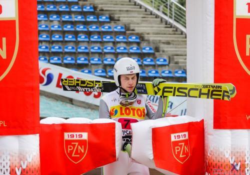 Aleksander Zniszczoł jest najwyżej sklasyfikowanym polskim skoczkiem w Letnim Pucharze Kontynentalnym - zajmuje czwarte miejsce, fot. Bartłomiej Kukucz