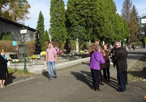 Kwesta na cmentarzu komunalnym w Cieszynie