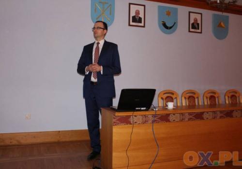 I sesja Rady Gminy Hażlach - Wójt złożył ślubowanie / fot. arc.ox.pl