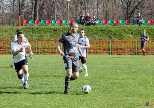Piłkarze Wisły Strumień odnieśli wysokie zwycięstwo nad Dębowcem, fot. Bartłomiej Kukucz