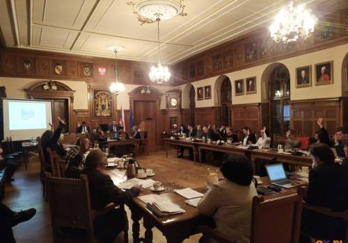 Cieszyn: Pierwsze czytanie budżetu na rok 2020 / fot. OX.PL