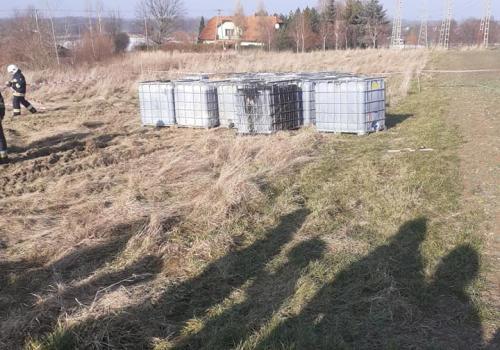 Zdjęcia zabezpieczanych mauzerów/ fot. OSP Ochaby