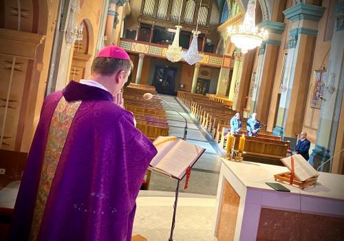 Puste świątynie to znak czasu  - mówi Biskup Diecezji Bielsko-Żywieckiej Roman Pindel. fot. diecezja.bielsko.pl