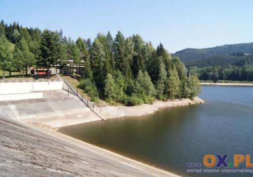 Zbiornik wody pitnej w Wiśle Czarne. Fot: arc.ox.pl