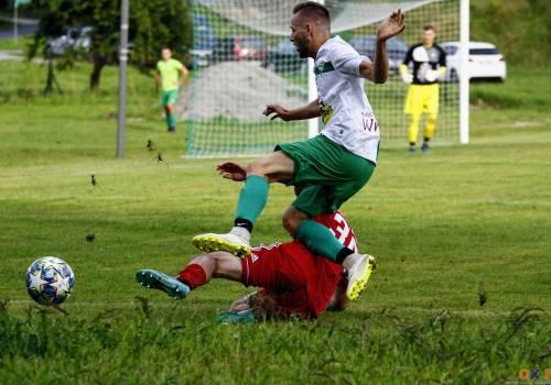 Victoria dwukrotnie przegrywała w spotkaniu z CKS Piast Cieszyn, ale za każdym razem doprowadziła do wyrównania (2:2), fot. Grzegorz Borus