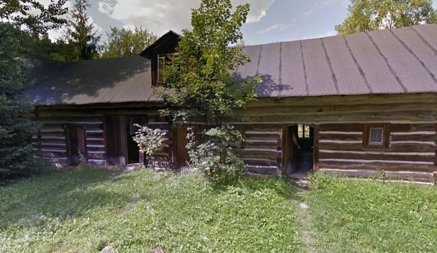 stodoła, która będzie stanowić część skansenu / źródło: Google Street View