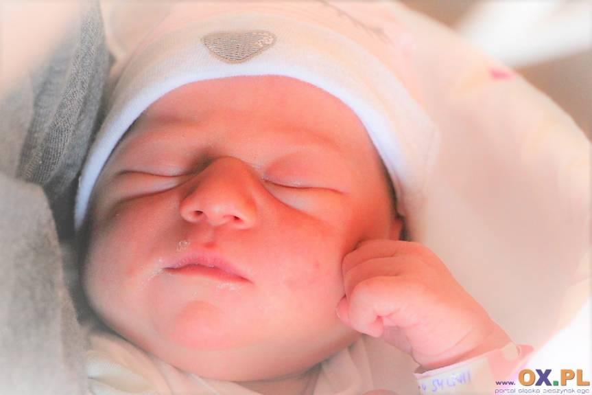 Alicja Superniok z Cieszyna, córka Sylwii i Maksymiliana, siostra Julii.