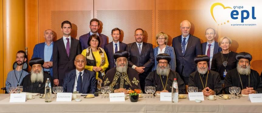 Fot. 3 Spotkanie grupy EPL ds. dialogu religijnego z Papieżem Tawadrosem II, głową Koptyjskiego Kościoła Ortodoksyjnego, Parlament Europejski, Bruksela, 15/10/2019, ©Martin Lahousse, EPPGroup