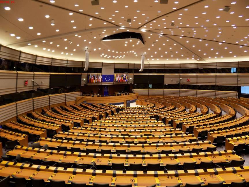 Sala plenarna Parlamentu Europejskiego w Brukseli / fot. KR/ox.pl