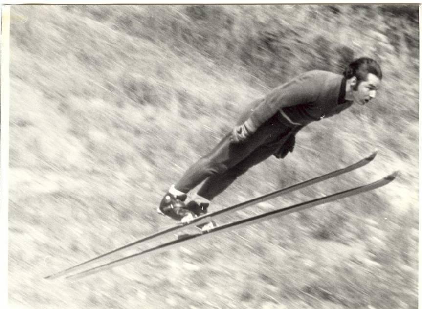 Jiří Raška podczas pierwszego skoku na obiekcie K-90. Fot. z archiwum klubu narciarskiego Dukla