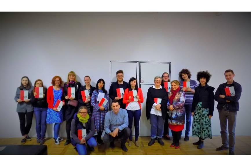 Zespół redakcyjny wraz z uczestnikami spotkania / fot. KR/ox.pl