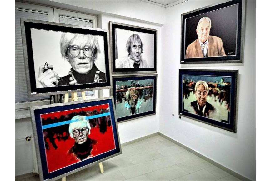 """""""Lustra"""" prezentowane w Galerii Kukuczka / fot. KR/ox.pl"""