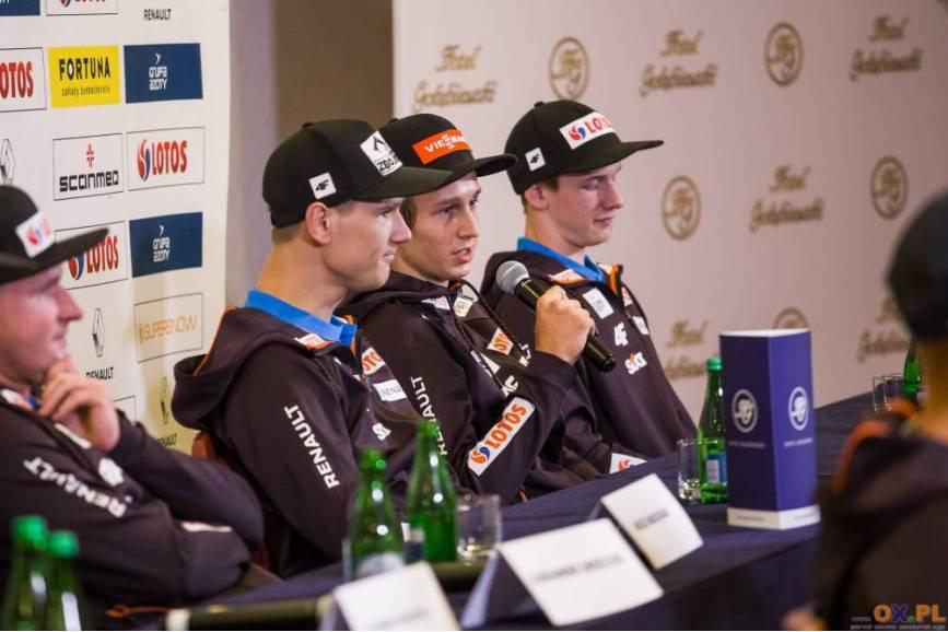 Wśród powołanych nie brakuje Pawła Wąska (na zdj. z mikrofonem), fot. Bartłomiej Kukucz
