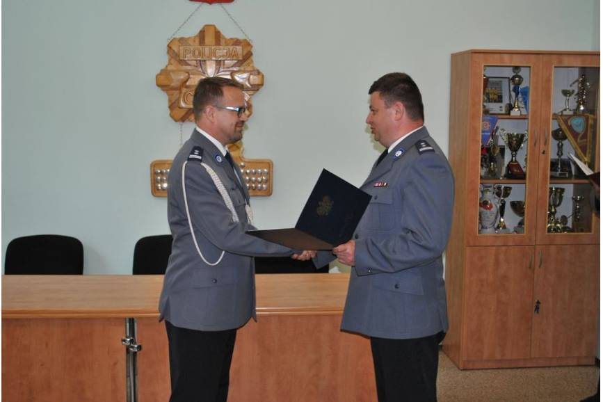 Wprowadzenie na stanowisko Komendanta Powiatowego Policji w Cieszynie mł. insp. Jacka Bąka (fot: arc.ox.pl)