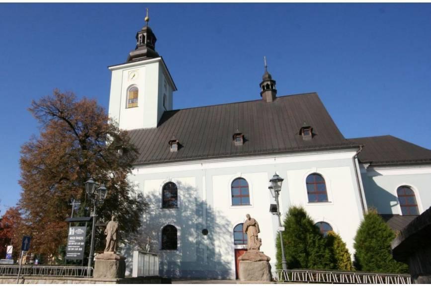 parafia p.w. św. ap. Piotra i Pawła w Skoczowie/ fot. arc.ox.pl