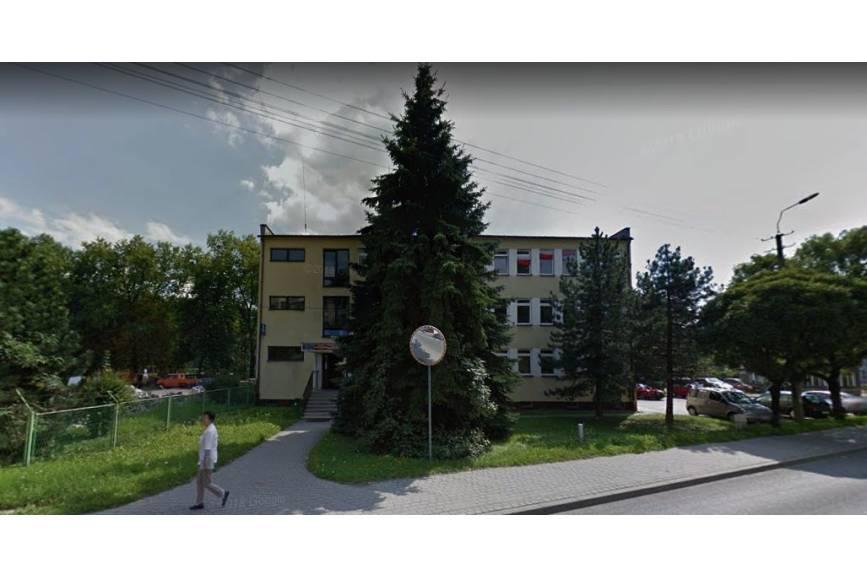 Główna siedziba Powiatowej Stacji Sanitarno-Epidemiologicznej w Cieszynie przy ul. Liburnia 2a. Źródło: Google Street View